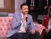 """حمادة هلال ينشر فيديو أغينة اللى ملوش ضهر من مسلسل """"قانون عمر"""""""