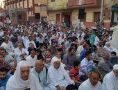 بالصور.. الألاف يصلون العيد بالساحات المقررة بأسيوط
