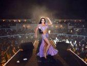 الراقصات الأجنبيات ولعوا أسعار ليلة رأس السنة (فيديو)