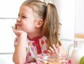 6 سلوكيات خاطئة تجعل طفلك يرفض تناول الطعام