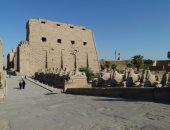 تزامنا مع الانقلاب الصيفى.. الشمس تغرب غدا من البوابة الغربية لمعبد الكرنك