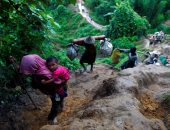 الجارديان: جيش بورما أحرق بيوت الروهينجا وألقى أطفالهم فى النهر أحياء
