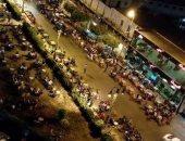 """""""مقاهى بدون تراخيص وإشغالات طرق"""" .. مخالفات بالجملة تحاصر شارع الخمسين بزهراء المعادى"""