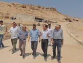 بالصور.. مدير أمن الأقصر يتفقد تأمين المعابد خلال زيارات وزير الآثار