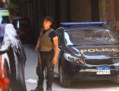 القبض على 3 أمناء شرطة كونوا تشكيلا عصابيا لسرقة رواد البنوك