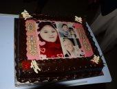 بالصور.. أسمن فتاة بالعالم تحتفل بعيد ميلادها فى أبو ظبى بعد 25 سنة بالسرير