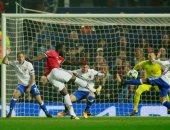 مانشستر يونايتد ضيفا على بازل لحسم التأهل بدورى أبطال أوروبا