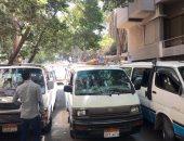 القبض على 4 سائقين لرفعهم الأجرة على المواطنين بموقف سرفيس حلوان