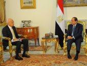 السيسى يبحث مع رئيس الوزراء عددا من الملفات الهامة