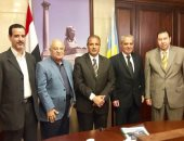 محافظ الإسكندرية يؤكد دعمه لمهرجانها السينمائى