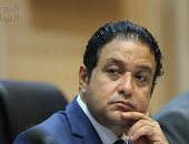 علاء عابد يهنئ أبو العلا بخلافته للهيئة البرلمانية: السياسة ليس بها ثوابت