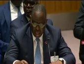 رئيس السنغال أثناء إدلائه بصوته: أتمنى أن يكون الشعب هو الرابح الوحيد