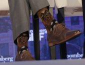 """بالصور.. """"جورب"""" رئيس الوزراء الكندى يلفت الأنظار فى منتدى بلومبرج العالمى"""