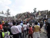 بالصور.. عمال الانقاذ يواصلون البحث عن ناجين من زلزال المكسيك