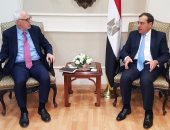 """وزير البترول يلتقى مدير الطاقة بـ""""البنك الدولى"""" لمناقشة المشروعات الممولة منه"""