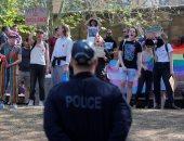 بالصور.. تظاهرات مؤيدة وأخرى معارضة لزواج المثليين فى أستراليا