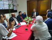 """نقيب صيادلة الاسكندرية يجتمع بمديري شركات الأدوية لبحث مشكلات تنفيذ """"الووش أوت"""""""