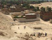 بالصور.. الأجهزة الرقابية تكشف عن وجود 40 منزلا فى مخر السيول بسوهاج
