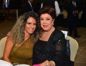 بالفيديو والصور.. توافد نجوم الفن على مهرجان الفضائيات العربية