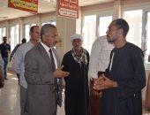 بالصور.. نائب رئيس جامعة الأزهر للوجه القبلى يتفقد العيادات الخارجية  بأسيوط