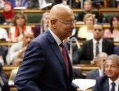 الحكومة عن شائعة مرض رئيس الوزراء: شريف إسماعيل يمارس عمله بشكل طبيعى