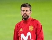 شاهد.. لقطة انسانية لبيكيه فى مباراة إسبانيا وإيران