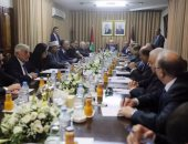 الحكومة الفلسطينية تعلن عقد اجتماعاتها بشكل دورى بين الضفة الغربية وقطاع غزة