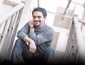 حقيقى ولا شغل سيما.. آسر ياسين يستعرض مهاراته فى عزف الدرامز