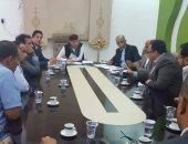 رئيس البرلمان الليبى يلتقى مسئولى شركات النفط لحل أزمة الوقود بالبلاد
