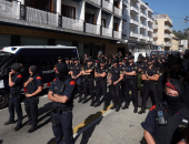 قيادية كتالونية تفر إلى سويسرا تجنبا للمحاكمة فى إسبانيا