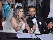 زوجة تامر عاشور: مفيش حرب مع أبو بنتى واتفقنا على الطلاق بهدوء