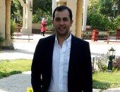 دكتور حاتم محمد استشارى النساء والتوليد يكتب: كيف تخففين من أعراض انقطاع الطمث