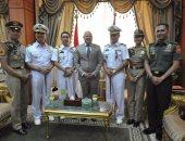 بالصور.. محافظ بورسعيد يستقبل وفد من الكلية البحرية الأندونيسية