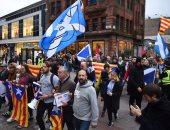 أسبانيا تسحب مذكرات الاعتقال الدولية بحق بوتشيمون وأخرين