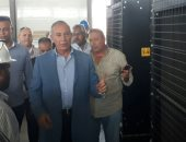 بالصور .. محافظ البحر الأحمر يتفقد الانشاءات بمحطة تحلية الشلاتين