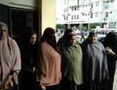 عاملات النظافة بمستشفيات دمياط يطالبن بصرف روابتهن المتأخرة منذ 4 أشهر