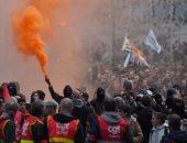 فرنسا: إضراب العاملين فى السكك الحديدية غدا سيؤثر على 50% من حركة القطارات