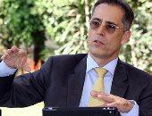 قطاع الأعمال والاستثمار يبحثان تطوير شركات الغزل مع سويسرا