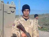 """بالفيديو والصور.. الآلاف يشيعون جثمان الشهيد مجند رمضان عثمان ابن """"قلفاو سوهاج"""""""