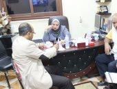 """بالصور.. النائبة سولاف درويش تشارك المواطنين توقيع استمارة """"علشان تبنيها"""""""