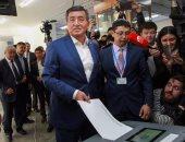 الرئيس القرغيزى يقيل الحكومة بعد سحب الثقة منها تلبية لطلب البرلمان