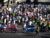 """احتجاجات بلوس أنجلوس تحت شعار """"لا لحظر السفر"""""""
