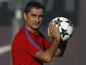 مدرب برشلونة يتحدث عن فارق الـ11 نقطة مع ريال مدريد