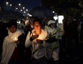 بالصور.. مسيرة بالشموع والورود فى المكسيك تكريما لضحايا الزلزال المدمر