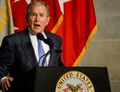 """بالصور.. جورج بوش يتسلم جائزة """"سيلفانوس ثاير"""" بالأكاديمية العسكرية الأمريكية"""