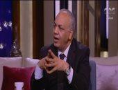 مصطفى بكرى يطالب الانتربول الدولى بضبط القرضاوى وقيادات الإخوان