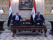 العبادى يبحث مع شريف إسماعيل محاربة الإرهاب ورؤية العراق لمستقبل المنطقة