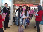 بالصور.. وصول أول رحلة طيران شارتر من أوز باكستان إلى مطار شرم الشيخ