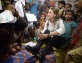بالصور.. الملكة رانيا تزور مسلمى الروهينجا الفارين من العنف فى بنجلاديش(تحديث)