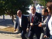 بالصور.. وزير الثقافة الجزائرى يتفقد أجنحة دور النشر المصرية بصالون الجزائر